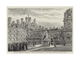 Princess Christian Unveiling a Statue of the Queen at the Royal Holloway College, Egham Giclee Print