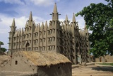Sudanese-Style Mosque in Village Along Niger River, Mali Photographic Print