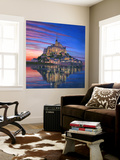 Mont Saint Michel Soir Wall Mural by Richard Harpum