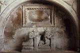 Church Tomb Fotografisk trykk av Den Reader