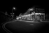 Gary Turner - Bus Station by Night Fotografická reprodukce