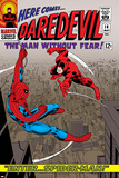 Daredevil No.16 Cover: Spider-Man and Daredevil Charging Plakater av John Romita Sr.