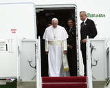 Pope Francis arrives at Andrews Air Force Base in Maryland, September 22, 2015 Photo