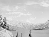 Lake Minnewanka, Alberta Photo