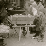 Selling Oranges Photo by Lewis Wickes Hine
