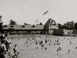 Swimming Pool, Belle Isle Park, Detroit, Mich. Photo
