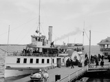 Str. Islander at Frontenac Wharf, Round Island, N.Y. Photo
