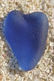 Tropical Type - Glass Heart Affischer av Mike Toy