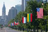 National Flags of Various Countries at Benjamin Franklin Parkway, Philadelphia, Pennsylvania, Usa Stampa fotografica di Green Light Collection