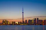 Toronto Skyline at Dusk Fotografisk tryk af Tim Thompson