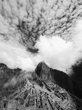 The Pre-Columbian Inca Ruins of Machu Picchu Metal Print by Jim Richardson