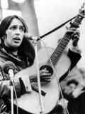 Protest Folk Singer Joan Baez Performing in 1965 Foto