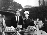 Charade De Stanleydonen Avec Cary Grant Et Audrey Hepburn (Tenue Givenchy) 1963 Photo