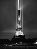 World Fair in Paris, 1937 : Illumination of the Eiffel Tower by Night Foto