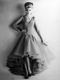 Presentation in February 1961 of Fashion by Nina Ricci for Spring-Summer 1961 : Evening Dress Photo