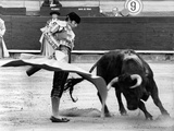 Spanish Toreador Manuel Benitez Called El Cordobes During Bullfight in Castellano De La Playa Spain Fotografía
