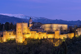 The Alhambra Palace Illuminated at Dusk, Granada, Andalucia, Spain Fotodruck von Chris Hepburn