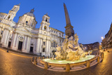 Bernini's Fountain of the Four Rivers and Church of Sant'Agnese in Agone at Night Fotodruck von Stuart Black