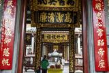 Nghia an Hoi Quan Pagoda in Cholon (Chinatown), Ho Chi Minh City (Saigon), Vietnam, Indochina Photographic Print by Yadid Levy
