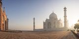 Dawn at the Taj Mahal, UNESCO World Heritage Site, Agra, Uttar Pradesh, India, Asia Fotografisk tryk af Ben Pipe