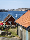 Timber Houses in Fjallbacka, Bohuslan Region, West Coast, Sweden, Scandinavia, Europe Fotografisk tryk af Yadid Levy