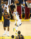 2015 NBA Finals - Game One Foto av Joe Murphy