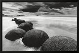 Rocas en la playa Póster
