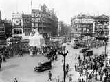Ve Day Celebrations in London 1945 Photographic Print by Nixon Greaves and