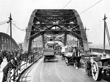 Staff - Wearmouth Bridge in Sunderland in the 1930s Fotografická reprodukce