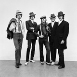 The Moody Blues, Dressed as Gangsters 1967 Fotografisk tryk af Carl Bruin