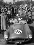 Motor Racing at Oulton Parl, 1955 Fotografisk tryk af Tom Lyons
