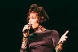 Whitney Houston at Earls Court 1993 Fotografisk tryk af  Mirrorpix