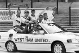 West Ham team announce Dagenham Motors as their new kit sponsors, 1992 Fotografisk tryk af Dale Cherry
