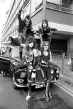 American band ' Kiss' Heathrow Airport, 1976 Fotografisk tryk af Kent Gavin