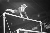 Olga Korbut in Training 1975 Fotografisk tryk af Arthur Sidey