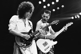Rock Group Queen in Concert at Wembley Arena 1984 Fotografie-Druck von Nigel Wright