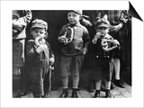 Children Eating Pretzels, 1932 Prints by  Scherl