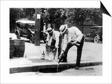 Prohibition: Alkoholvernichtung in den USA Prints by  Scherl