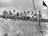 New York Construction Workers Lunching on a Crossbeam Poster