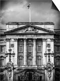 Main Gates at Buckingham Palace - London - UK - England - United Kingdom - Europe Prints by Philippe Hugonnard