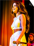 Selena Gomez - Reprodüksiyon