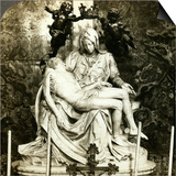 Pieta by Michelangelo, St Peter's Basilica, Rome, Italy Prints by  Underwood & Underwood