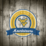 West Virginia Mountaineers Logo on Wood Plakater af Lulu