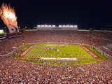 Florida State: Game Night at Doak Campbell Stadium Fotografisk tryk af Lance King