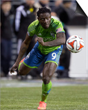2014 MLS Playoffs: Nov 10, FC Dallas vs Seattle Sounders - Obafemi Martins Art by Joe Nicholson