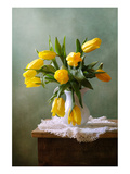 Yellow Tulips in a Vase Kunstdruck