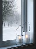 Cozy Lanterns and Winter Landscape Seen Through the Window Kunst op metaal van  GoodMood Photo