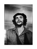 "Cuban Rebel Ernesto ""Che"" Guevara with His Left Arm in a Sling Metalldrucke von Joe Scherschel"