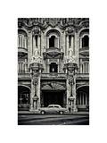 Gran Teatro de la Habana Giclee Print by Sabri Irmak