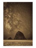 Sparkling Skies Over HaystacK Giclée-Premiumdruck von Don Schwartz